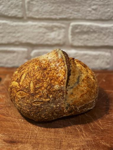 نان روستیک خمیرترش